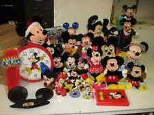 Huge 33 pc lot of Disney Mickey Minnie Mouse Collectibles plush toys figures 3T