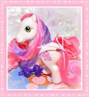 ❤️My Little Pony G3 Cute Curtsey Carriage 2006 Crystal Princess White Pony❤️
