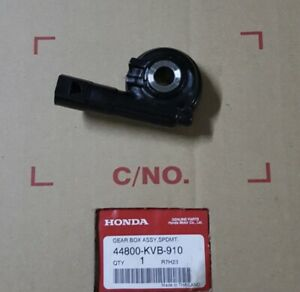 GENUINE HONDA VISION NSC110 NSC50 SPEEDO SPEEDOMETER DRIVE GEAR ASSY 2011-2016