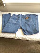 Wrangler men's 34 x 30 five pocket cowboy cut western jeans