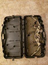 """Hoyt MagnaTec XT2000 24.5-27.5"""" 60-70lb Compound Bow w hard case. Left Hand"""