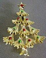 Santa Vintage Enamel Gold Tone Christmas Pin  Brooch Gerry\u2019s
