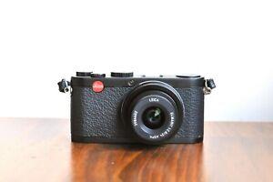 LEICA X1   - Elmarit 24mm f2.8    w/ Original leather strap     - Good Condition