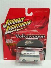 Rare Johnny Lightning Volkswagen 1966 Samba Bus White Lightning Chase Beige Gray