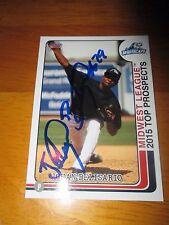 JOHAN BELISARIO Signed 2015 Midwest League Top Prospects Card AUTO Autograph