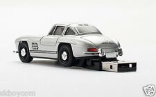 Kar@Kas * Mercedes - Benz 300 SL 4GB USB Stick/Flash Drive  Frond - Heck LED /9g