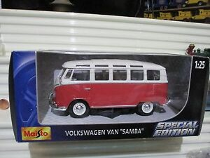 Maisto 1/25 Scale Special Edition 2002 Samba VW Volkswagen Van New in Mint Box