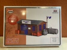 HO SCALE MODEL POWER.QUICK LUBE OIL SUPPLY.BUILDING KIT.NEW.NO. 210.