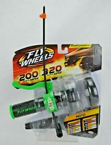 Fly Wheels Moto Launch Launcher 2 Pack MOTO Handle Rip Cord Toy Black Green NIP