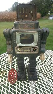 """Vintage Battery Operated TV Robot Space Toy 10-1/2"""""""