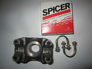 Spicer Dana 30 1310 Yoke W/ U Bolt Kit Jeep Scout II Ford