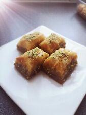 Baklava (Turc Traditionnel Style) célèbre Sweet désert (24 pieces-PLATEAU)