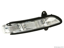 2198200621, Turn Signal Light RIGHT OUTER  MERCEDES