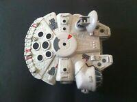Star Wars Millennium Falcon Galactic Spaceship Europe Hasbro 2011