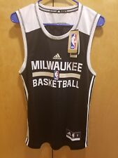 New adidas Milwaukee Bucks Pratice Jersey Size Small   NBA Authentic