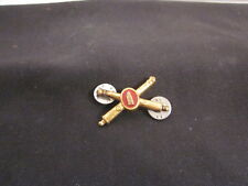 WW2 Crossed Cannons Artillery Pin w/enamel Shell in Center, Pre-owned
