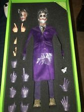 Hot Toys THE DARK KNIGHT THE JOKER 1/4 Scale Action Figure