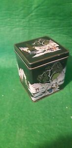 Tea Caddy Japanese Design