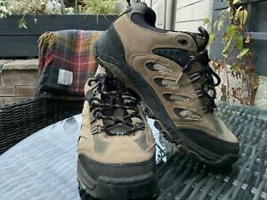 Hi-Tec Waterproof mens walking Boots Suede Grey/Black UK 9.5