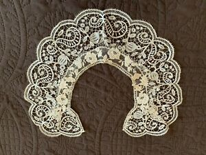 Antique Handmade Off White Mixed Silk Maltese Lace w Appliqued Whitework Collar