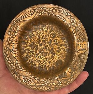 VINTAGE HAMMERED COPPER TRAY COMEDY TRAGEDY SIGNED BERYL