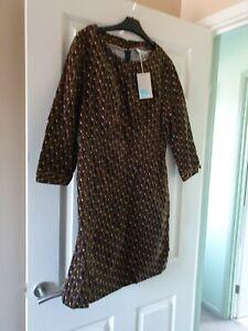 Boden dress size 14 with rabbit design