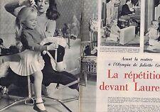 Coupure de presse Clipping 1957 Juliette Gréco  (6 pages)