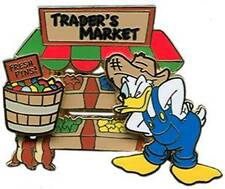 Disney Trade City USA  Donald Duck Trader's Market Pin