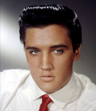 Elvis Presley UNSIGNED photo - E33 - The King of Rock and Roll