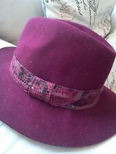 e2873500b90 Jessica Simpson Maroon Snake Skin Banded Adjustable Panama 100% Wool Hat  NWOT!