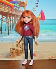 2009 TM & MGA BRATZ DOLL GINGER MOXIE GIRL WITH RED HAIR & FRECKLES