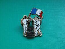 N°4 pin's pins insigne FFT Fédération Française de Tennis Arthus Bertrand Paris