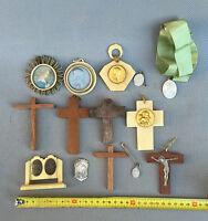 Lote de pequeño crucifijo y otros objetos religioso francesa antiguo religiosa