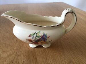 "Royal Staffordshire Pottery A.J.Wilkinson - Honeyglaze - Gravy Boat 7"""