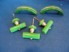 vtg door drawer knobs handles pulls retro bakelite green art deco cabinet