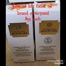 X2 The body shop oils of life facial oil