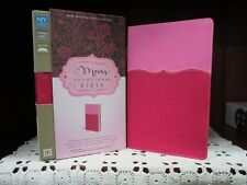 ** NIV Mom's Devotional Bible **PINK Leathersoft  *Personal Size **NEW   #377