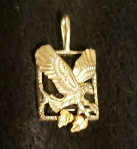 Stunning Black Hills Gold Eagle Pendant Necklace Onyx Sterling Silver 3.2 grams