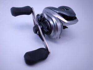 13 Shimano Metanium HG Right Handle 7.4:1 Gear Baitcasting Reel Very Good