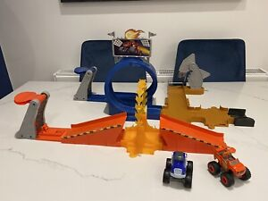 Blaze And The Monster Dome Playset