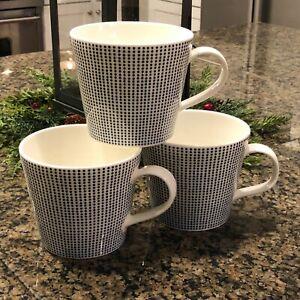 Beautiful Set of 3 Royal Doulton Pacific Navy Blue Dots Coffee Tea Mugs Cups