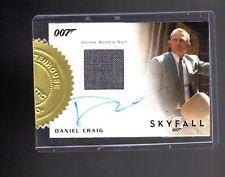 2015 JAMES BOND ARCHIVES 9 CASE incentive Daniel Craig  Auto/Relic card 98/250