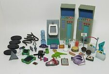 Big Lot of Rare Invader Zim Figure Playset Accessories, Food, Iguana, Stands