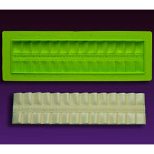 Pretty-in-Pleats Border Silicone Fondant Mold by Marvelous Molds