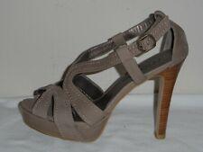 Moda Spana Womens Tan Slingback Platform Heel Sandal Shoe NWOB - Size 7M