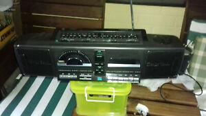 PHILIPS DIGITAL, RADIO. CD.CASSETTE PLAYER