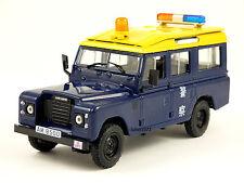 LAND ROVER 109/110 LWB -- POLICE -- HONGKONG -- 1/43 -- IXO/IST -- NEW