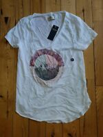 NWT Womens White HOLLISTER S/S Graphic T-Shirt Size XS X-Small