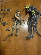 NECA Aliens CORPORAL DWAYNE HICKS XENOMORPH WARRIOR Deluxe Open Mint Condition