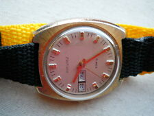 STUNNING LARGEST VINTAGE1969 TIMEX  ELECTRIC  DYNABEAT,GOLDEN/SS. FOR REPAIRS